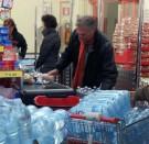 Un mito da sfatare: non fa bene bere 8 bicchieri d'acqua al giorno